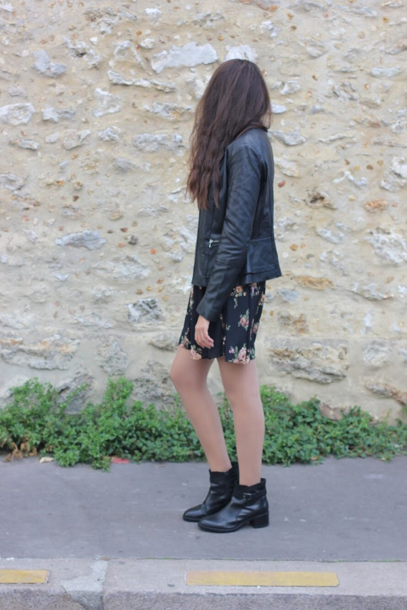MINI DRESS WITH BOW & LEATHER JACKET